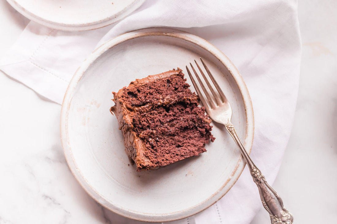 Gluten Free and Refined Sugar Free Chocolate Cake